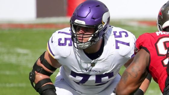 Brian O'Neill sees right tackles getting paid, but focusing on football